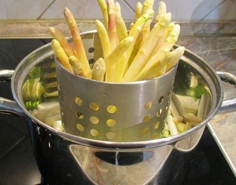 Spárga főzése