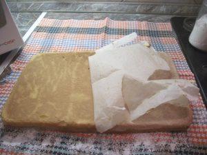 Sütőpapír eltávolítása