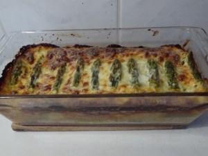 Zöld spárga csőben sütve készen