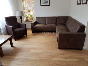 Grote-bank-kleine-woonkamer-model-Milas-met-lorenzo-fauteuil - HB ...