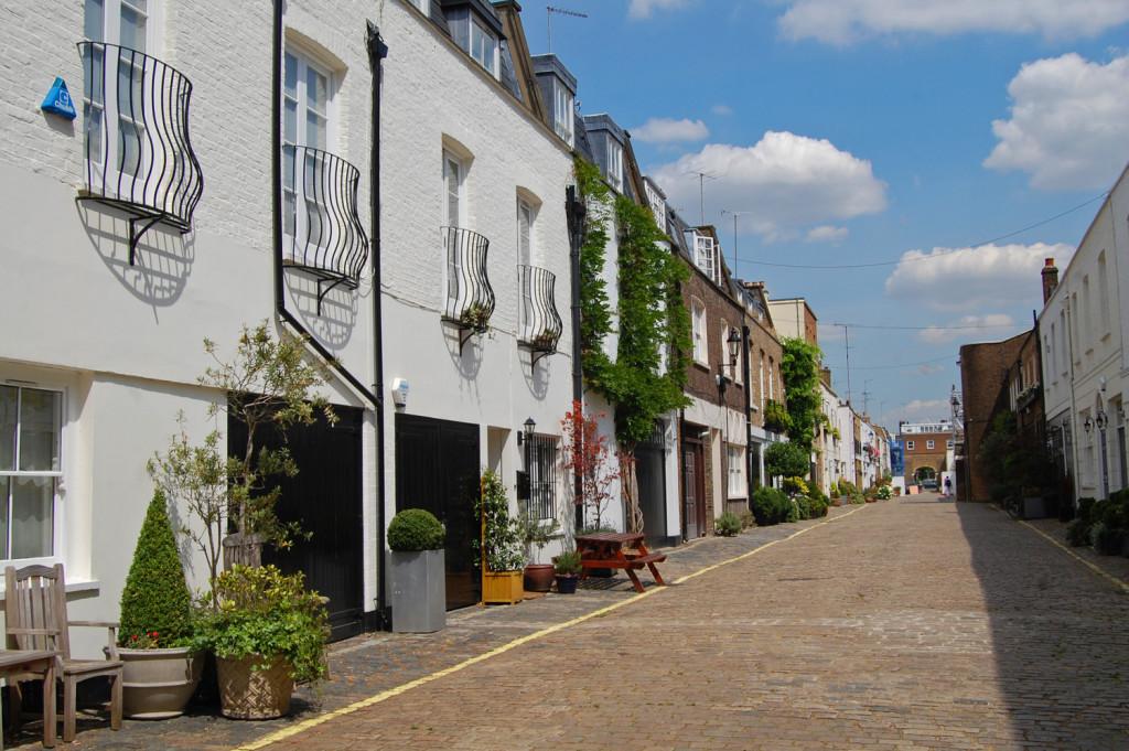 Mews houses - amalgamating property