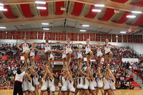 Girls' Cheerleading holds tryouts