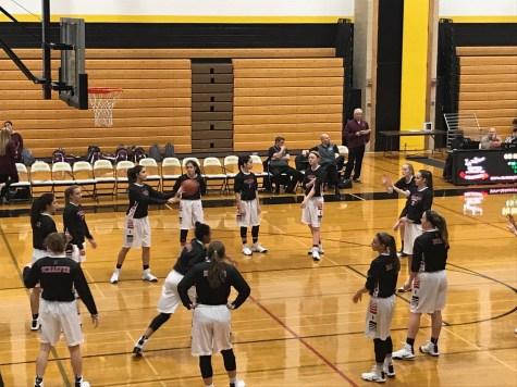 Boys basketball team takes on District 86 rival