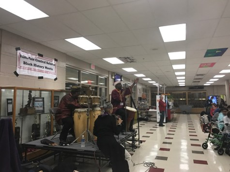 Scholastic Bowl competes at first meet of the season