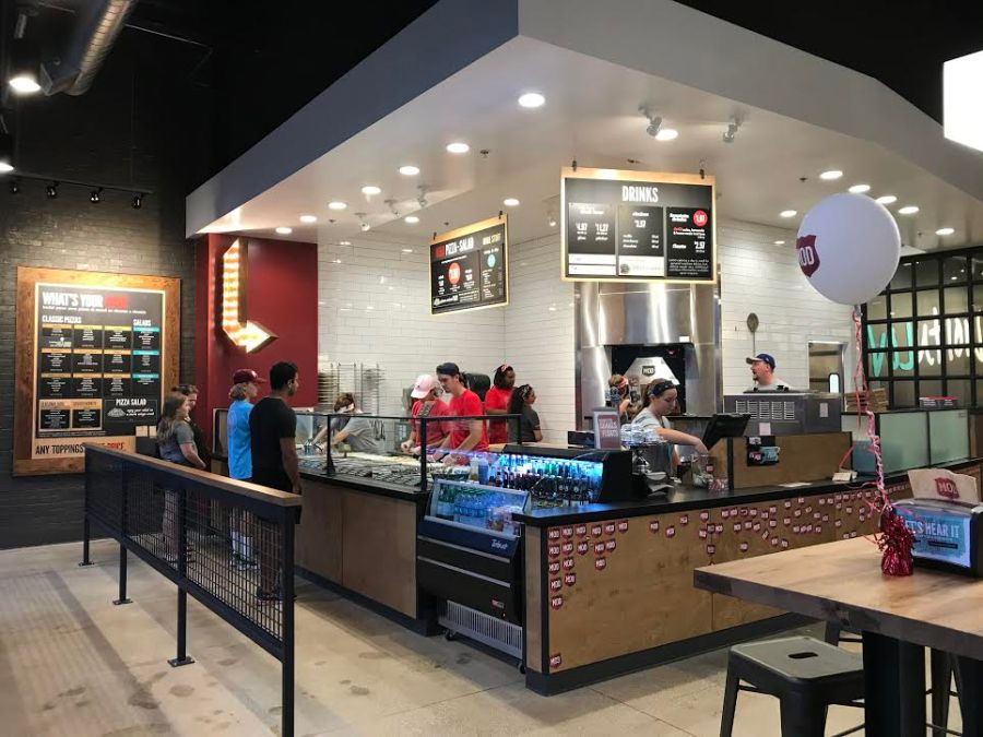 Mod+Pizza%2C+which+recently+opened+in+Willowbrook%2C+is+a+fast+pizza-making+restaurant+but+an+even+faster+hit.