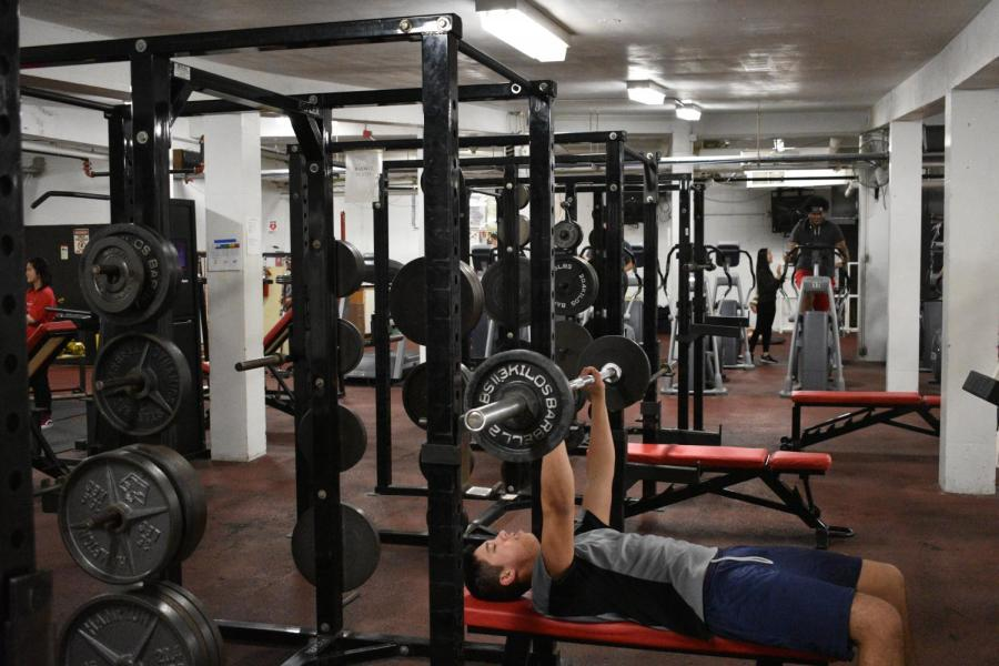 The+fitness+center+in+the+basement+and+the+Bouchard+Center+in+the+field+house+are+open+to+students%2C+so+they+can+lift+weights+and+work+out+during+their+off-season.