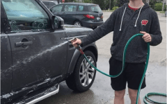 Freshman class washes cars for extra fundings