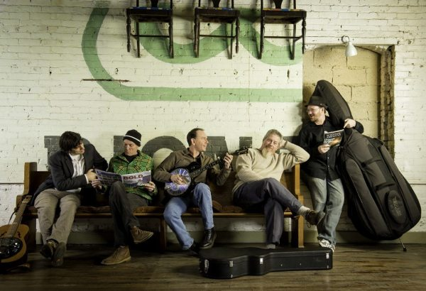 Acoustic Syndicate - Promo Photo 2013_by Lynne Harty