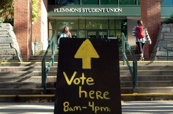 Sign leads to early voting precinct at Plemmons Student Union in previous election. Photo by Jesse Wood