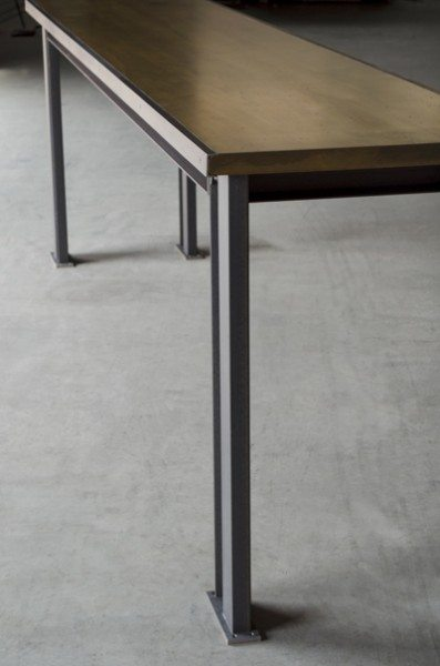 Prototype of the table that Starbucks orders.