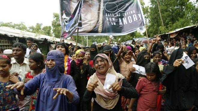 Qaxootiga Rohingya oo dibadbaxyo ku Xusay Sandguuradii Howlgalladii Myanmar
