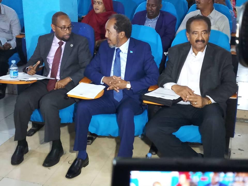 Xasan Sheekh Maxamuud Oo Ka Qayb Galay Fadhigii Golaha Baarlamaanka Somaliya.