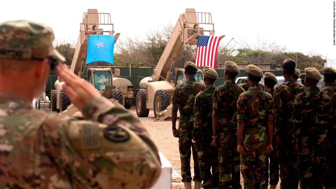 Trump Oo Balaadhiyey Hawlgalka Maraykanka Ee Somalia