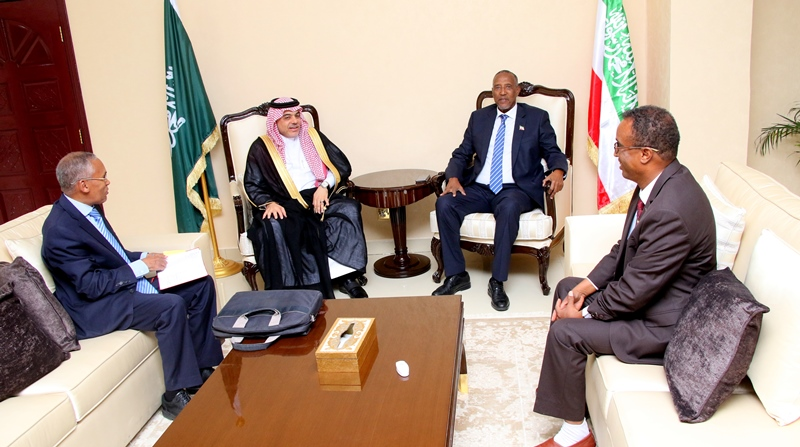 Maxay Ka Wada-hadleen Madaxweynaha Somaliland Iyo Safiirka Sucuudiga Ee Soomaaliya ?