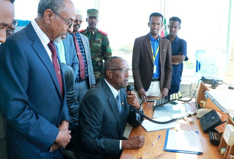AKHRI: Madaxweynaha Somaliland Oo Kormeeray Garoonka Diyaaradaha Ee Hargeysa