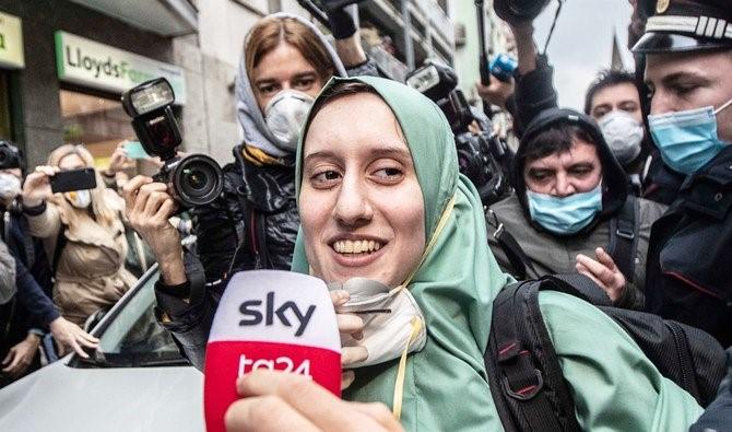Silvia Romano Oo 18 Bilood Ku Afduubnayd Somalia Oo Qaadatay Diinta Islaamka