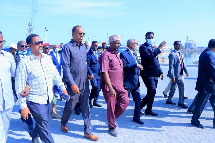 Somaliland: Cabdiraxmaan Saylici Oo Kormeeray Dekeda Berbera