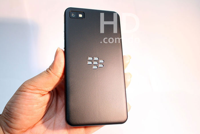 blackberry-z10-equipo-02