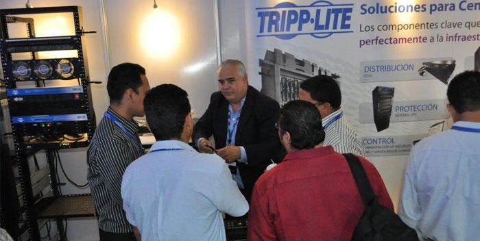 Tito-Chamorro-de-Tripp-Lite-Technology-Day-2013