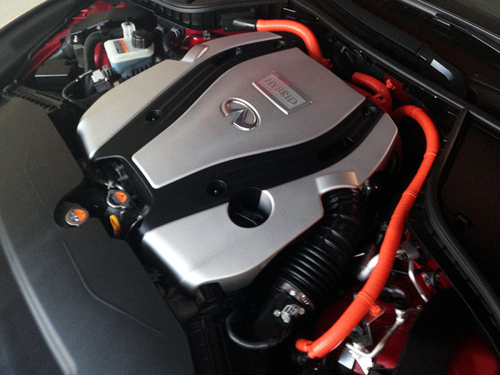 infiniti-q50-motor