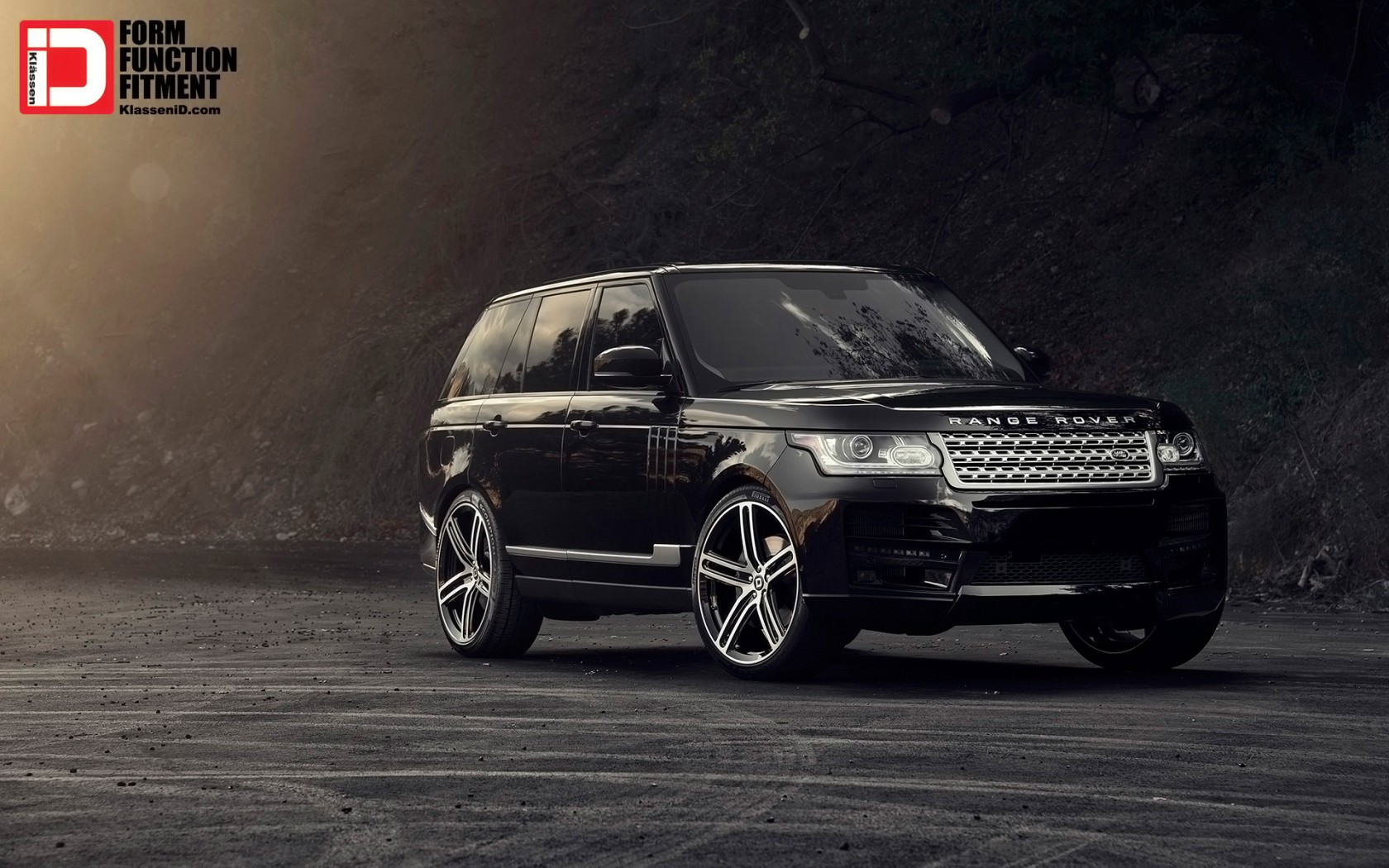 2015 Klassen Range Rover Piano Black M50Q Wheels Wallpaper
