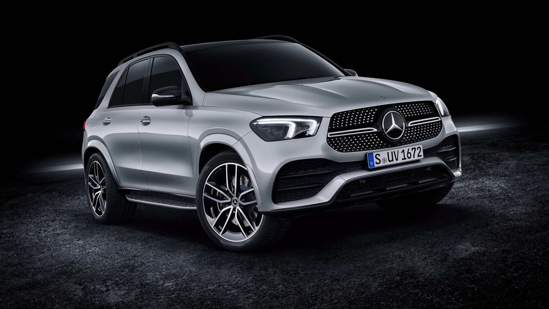 Though it only has two electric mod. Mercedes-Benz GLE 450 4MATIC AMG Line 2019 4K Wallpaper