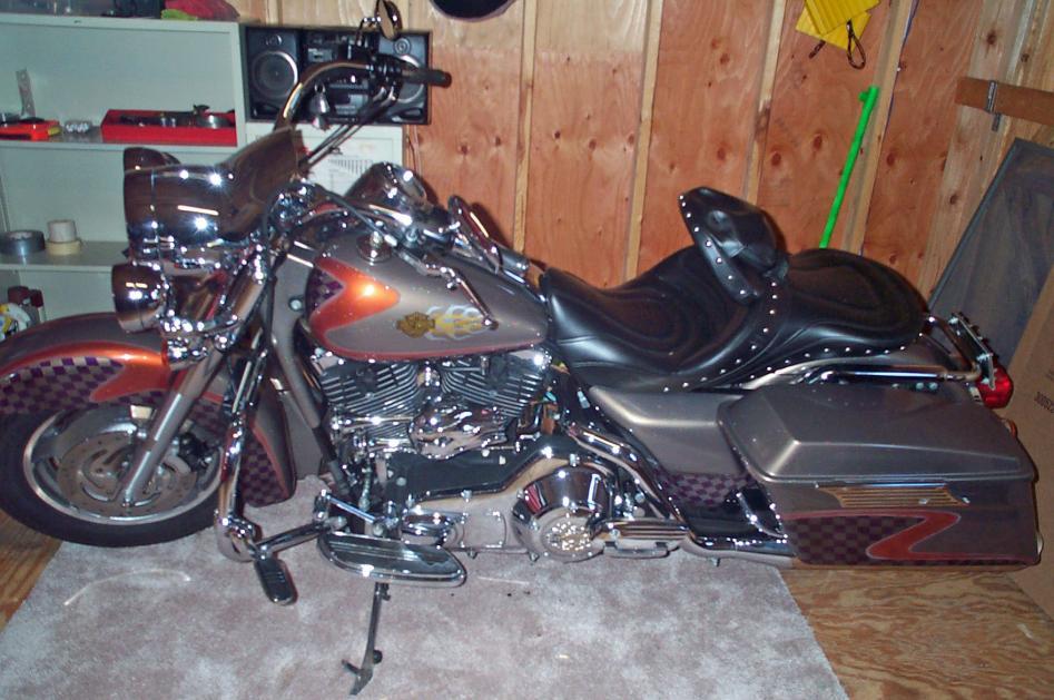 Custom Paint Set 2004 Road King Custom Harley Davidson