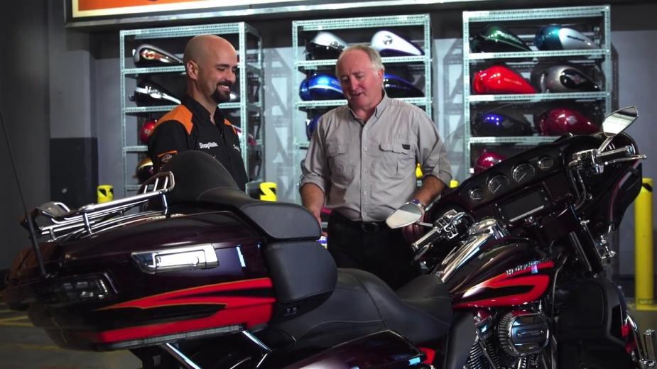 Harley-Davidson-heated-seat-warmer1