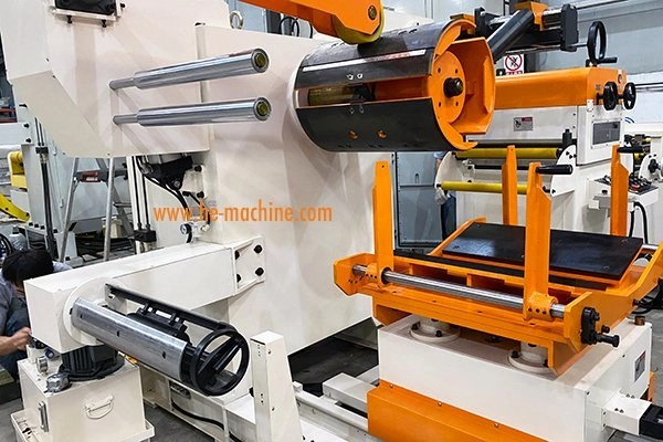 decoiler straightener of mirror stainless steel coil processing line