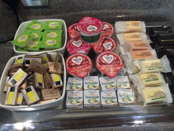 Aer Lingus Virgin Little Red lounge Heathrow cheese review