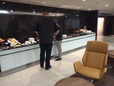 Buffet Etihad lounge Heathrow review