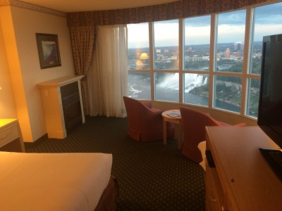 Embassy Suites Niagara Falls Presidential Suite