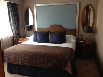 InterContinental Park lane room bedroom bed