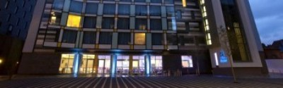 holiday inn manchester city centre review exterior