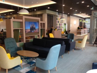 holiday inn manchester city centre review reception