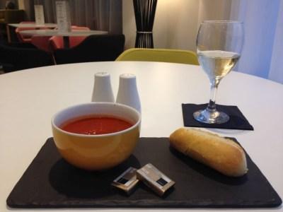 ibis styles heathrow airport review restaurant tomato soup