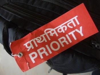 Priority bag tag