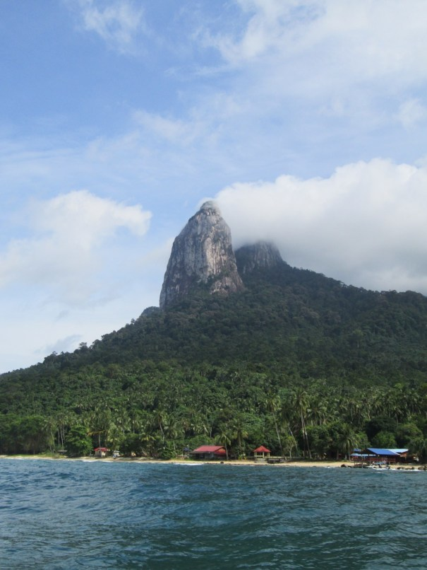 A first view on the Twin Peaks - The Dragon's Horns on Tioman Island