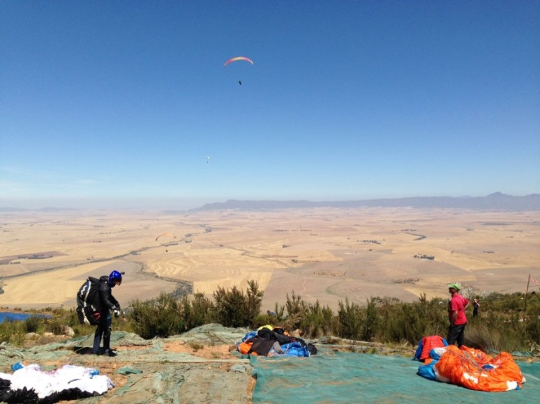 takeoff-at-porterville-paragliding