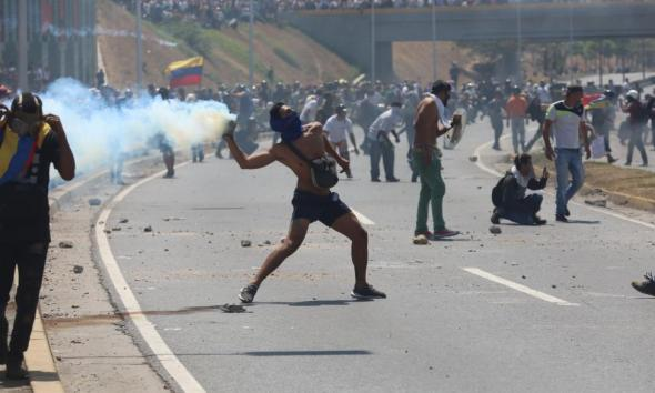 Venezuela-protests-turn-violent-as-Guaido-calls-for-end-of-Maduro-regime