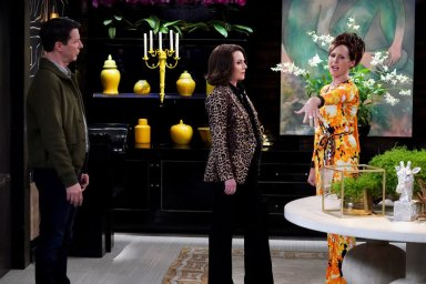 Sean Hayes as Jack McFarland, Megan Mullally as Karen Walker, and Molly Shannon as Val in the Will & Grace episode The Favourite