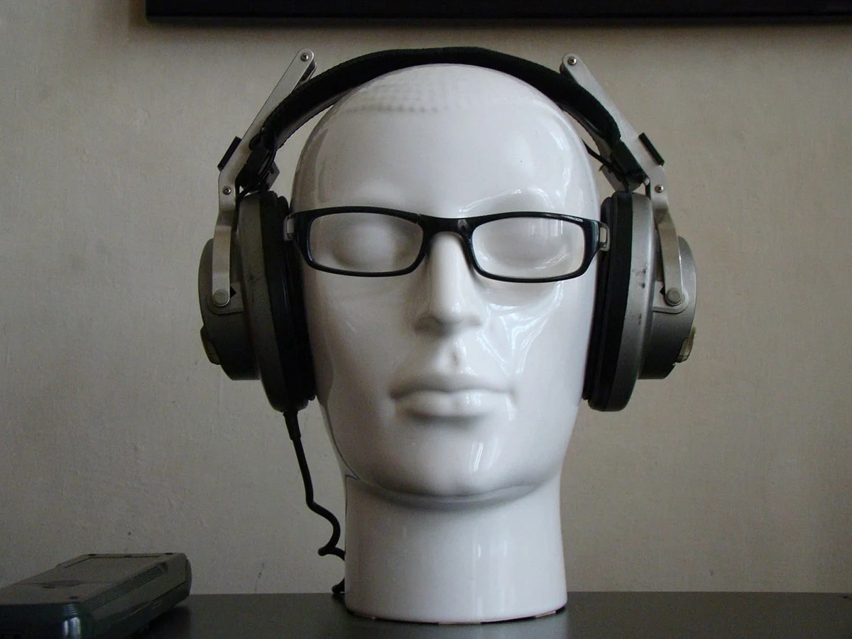 How to Wear Headphones forecasting