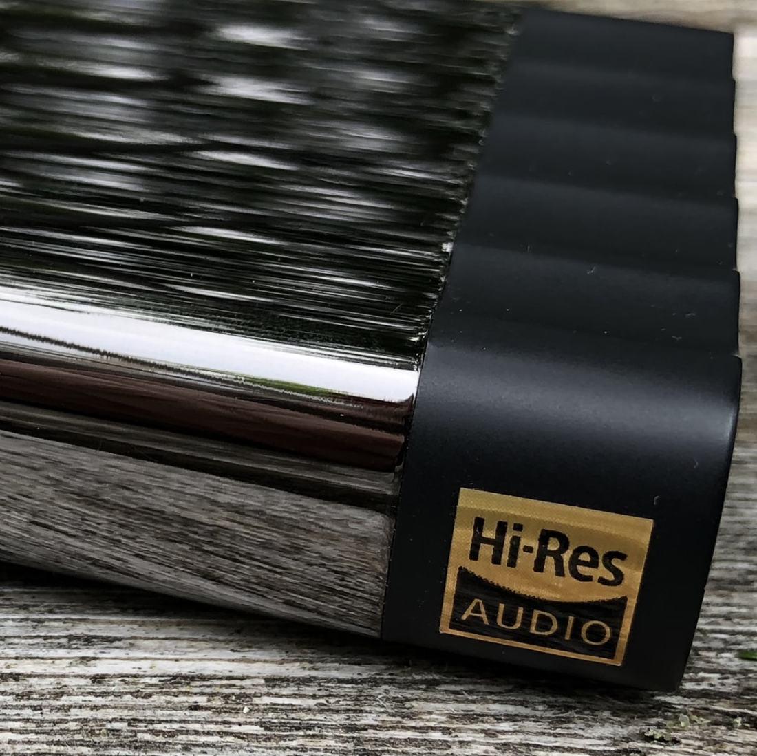 Hi-RES Side