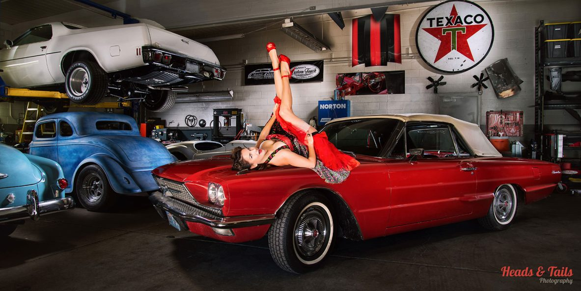 Light Painted Pin-Up at Classic Garage ⋆ Heads and Tails Photography