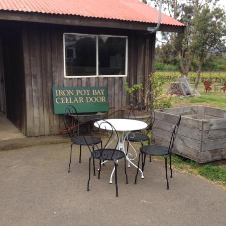 Iron Pot Bay Vineyard - Rowella - Tasmania