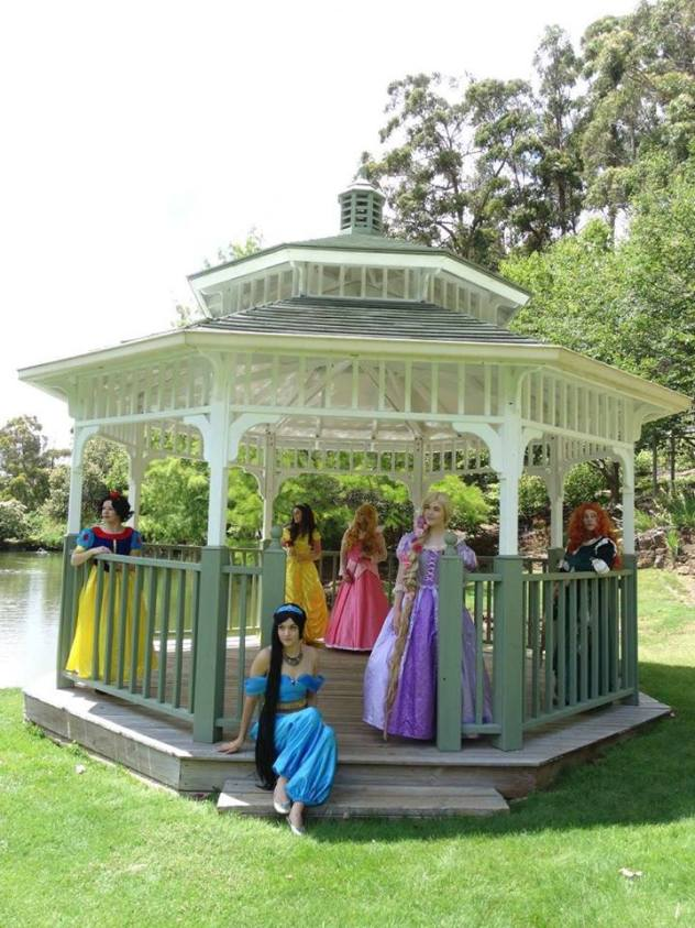 26 FEBRUARY PRINCESSES IN THE PARK