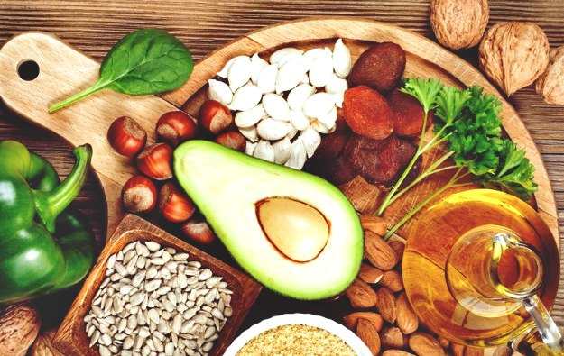 Eat the Right Foods | How To Maintain Healthy Eyes | Useful Tips