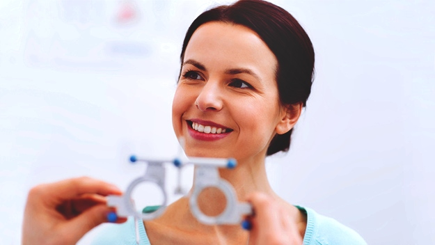 How To Pass An Eye Vision Test | The Importance Of Getting An Eye Vision Test Frequently