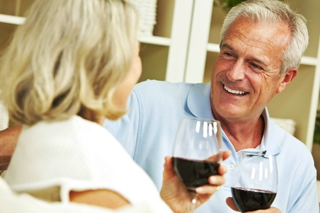 Cut Down on Alcohol | Avoid the Cataracts Surgery Cost by Preventing Cataracts