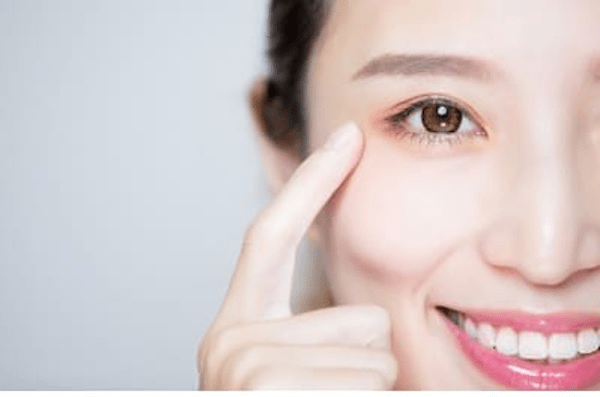 Natural Tips to Keep Your Eyes Healthy | Healthy Vision Month